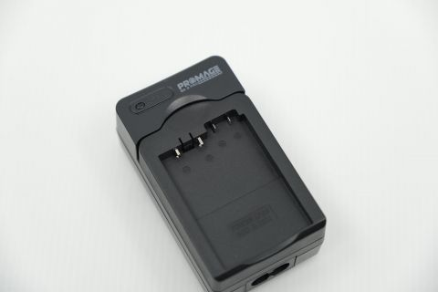 PROMAGE PM106 SINGLE BATTERY CHARGER FOR CANON LP-E8