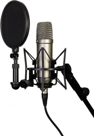 RODE NT1-A CARDIOID CONDENSER MICROPHONE (KIT WITH SMR SHOCKMOUNT)